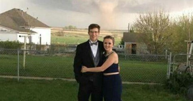 Prom photo captures tornado _ from a safe distance